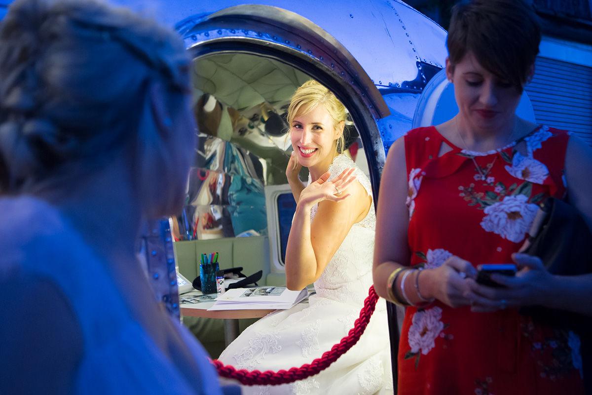Wedding photography - Happy Bride.