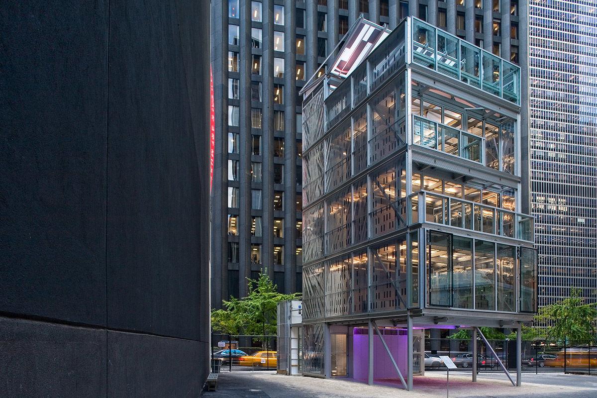 The Cellophane House, Manhattan, New York, USA.